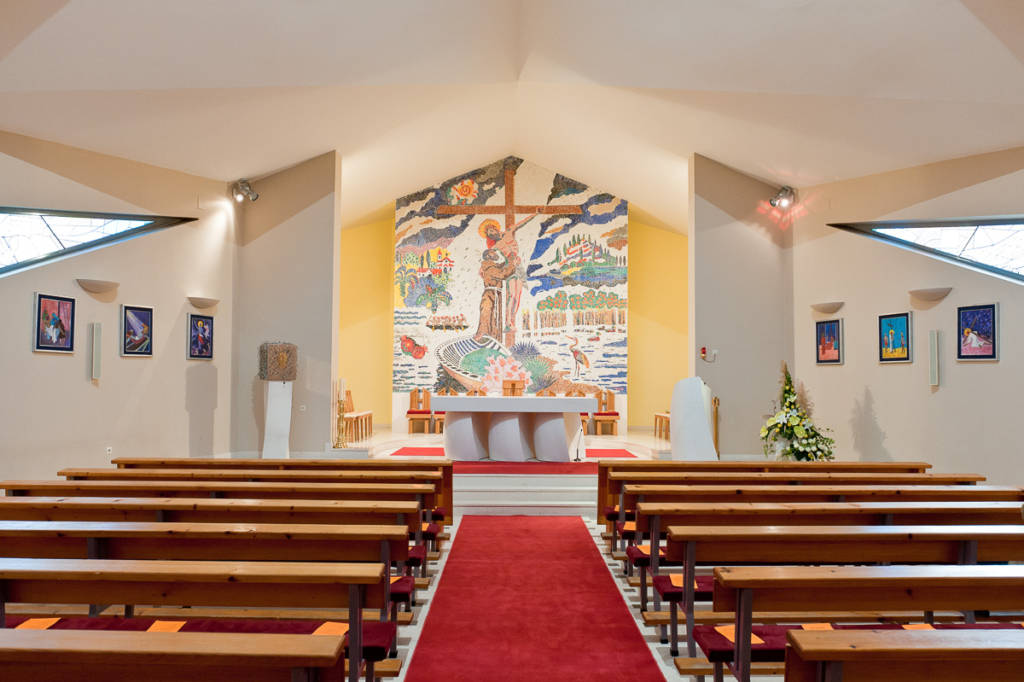 Interijer crkve sv. Franje
